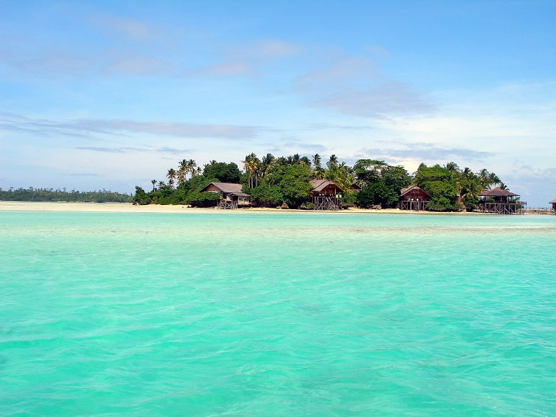 Derawan Island, the Best Island Trip Destination in Borneo