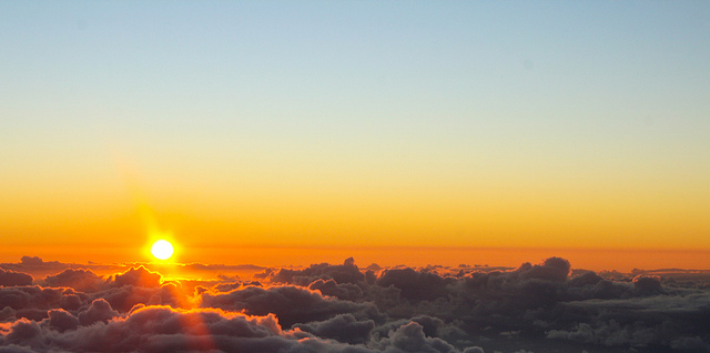 Sunrise at Haleakala National Park | © Courtney Collison/flickr