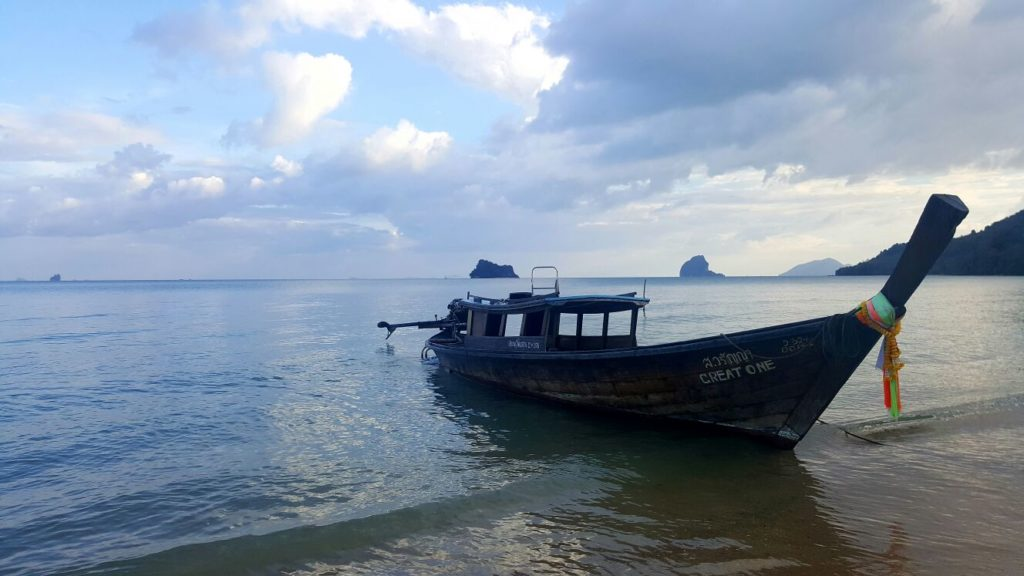 Beach facing Phang Nga bay © Coastal Escape