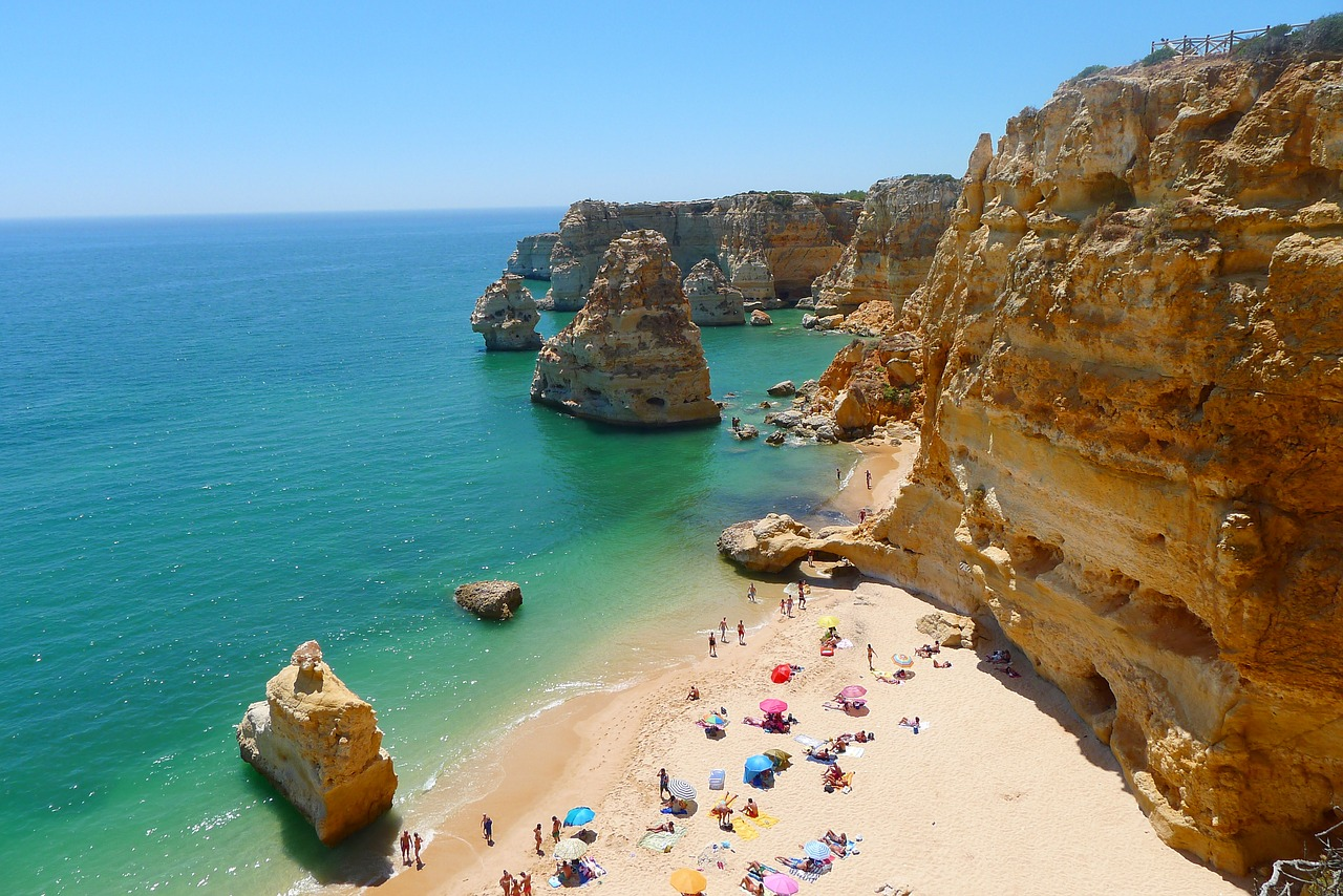 5 Beaches to Visit in the Algarve