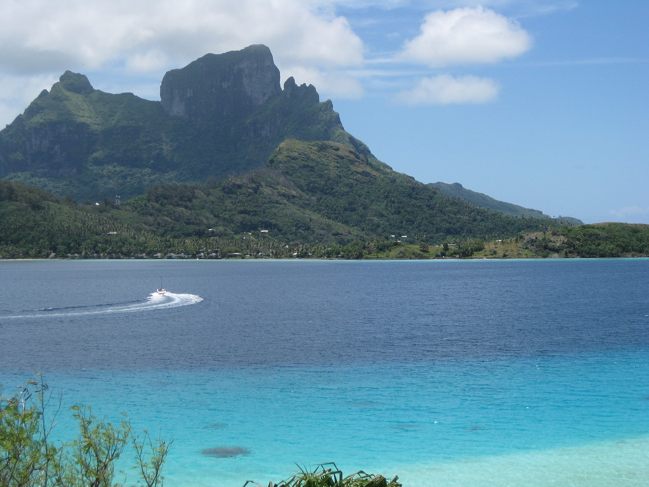 Visiting Tahiti and Bora Bora - Most Amazing Islands of the Pacific Ocean