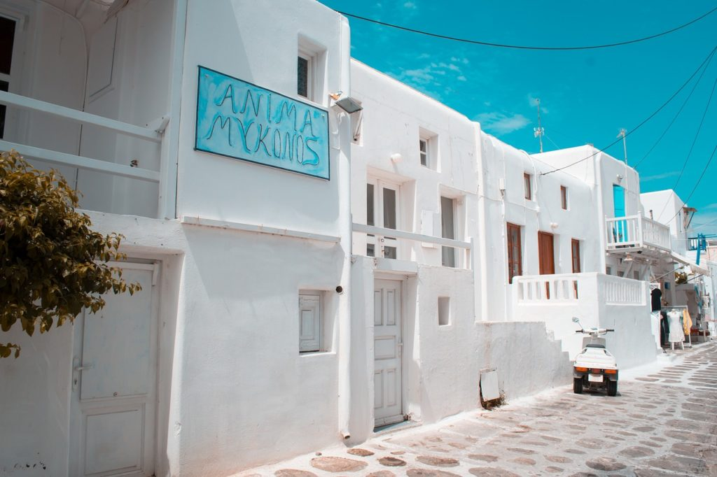 The Guide to Having A Luxurious Holiday in Mykonos