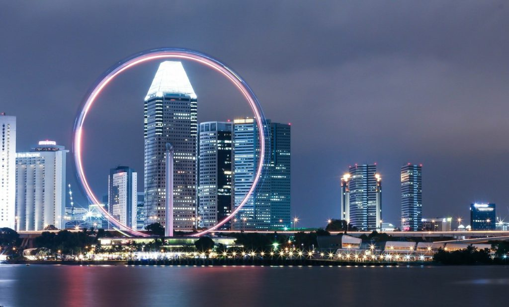 7 Must-Visit Attractions in Singapore