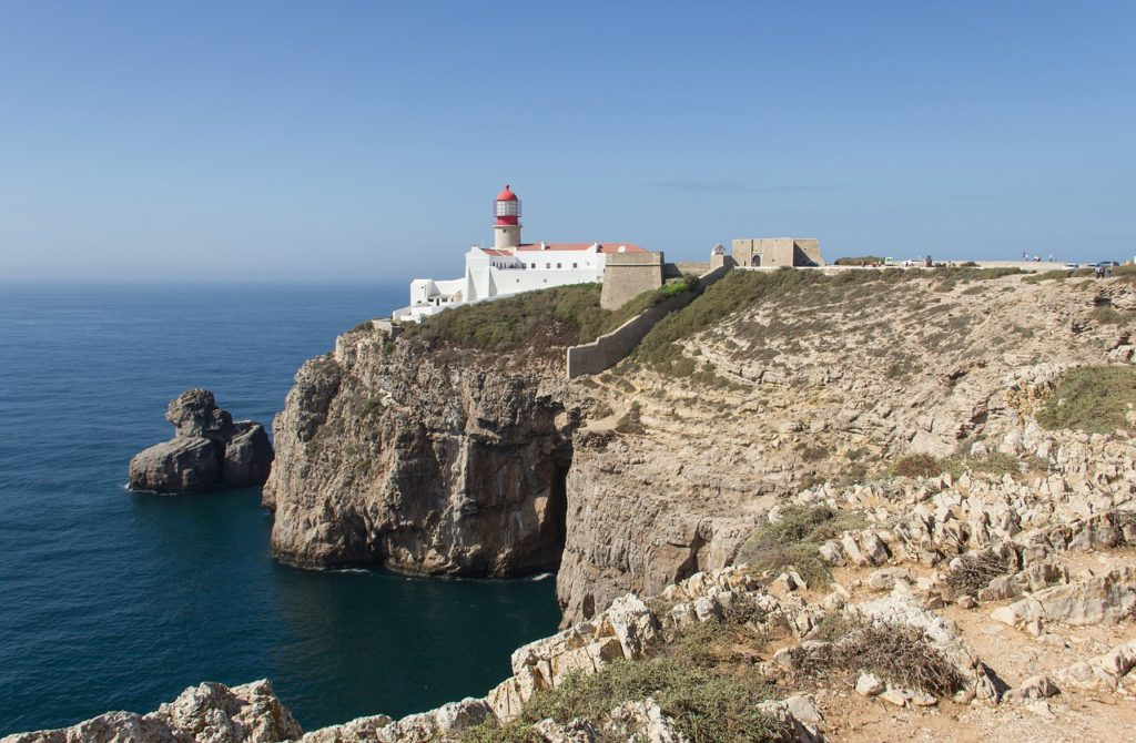 4 Reasons Why You Should Visit Portugal For a Winter Break